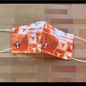 Men  UT University of Texas Longhorns Face Mask